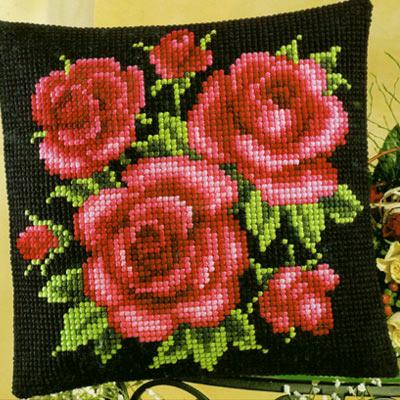 Вышивка красные цветы на черном фоне 56