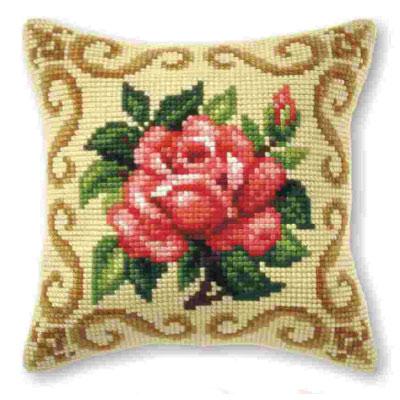 Вышивка на подушках розы 761