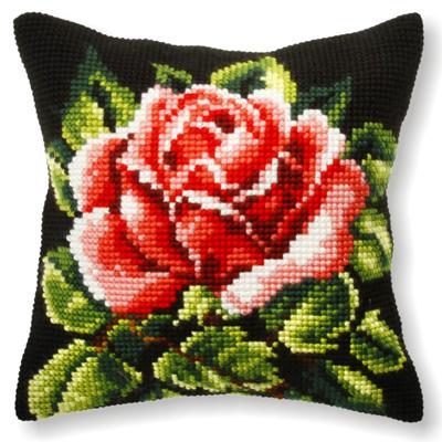 Вышивка на подушках розы 859